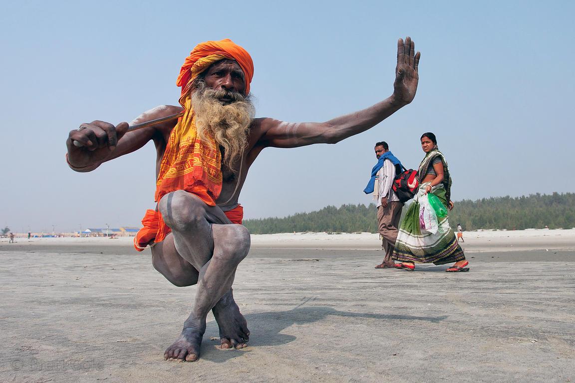 Brett Cole Photography An Elerly Sadhu Holy Man Does Yoga At The Gangasagar Mela A Hindu Pilgrimage To Sagar Island In The Bay Of Bengal In India Photo