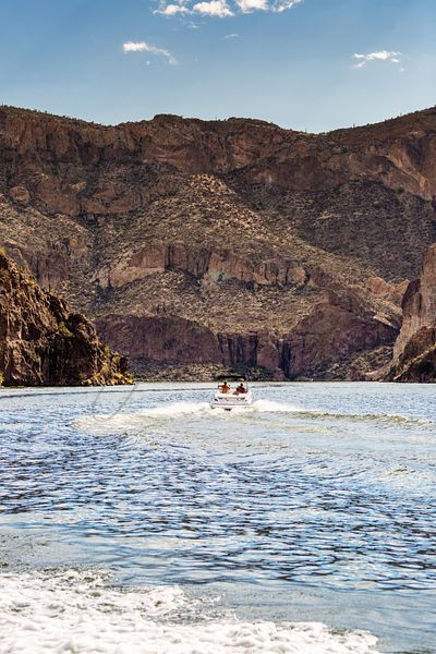 Boaters on Canyon Lake in Arizona