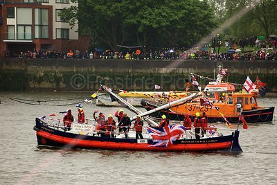 Walton-on-the-Naze Lifeboat James Stevens No14 in  the Thames River Pageant