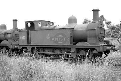 PHOTOS OF JOHNSON 1F CLASS 0-6-0T STEAM LOCOS