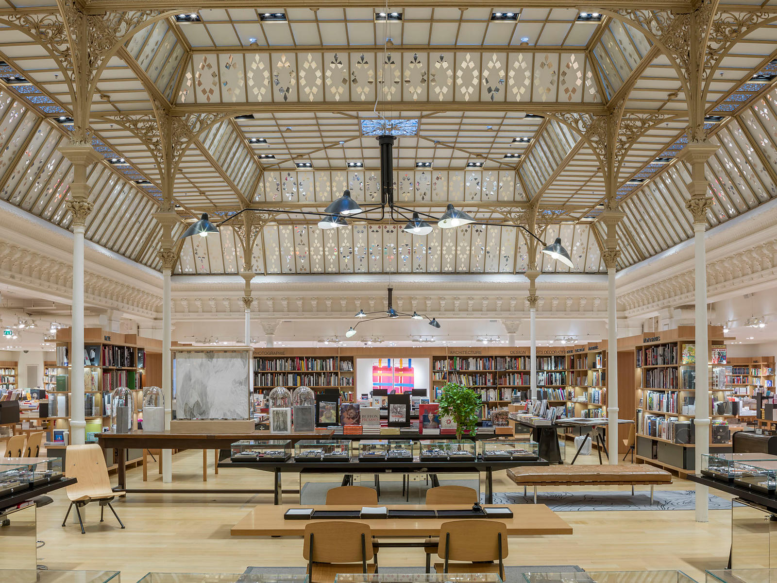 Retail architecture photographer Paris - LE BON MARCHE RIVE GAUCHE PARIS