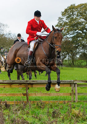 Nicholas Leeming - The Cottesmore Hunt at Tilton on the Hill, 9-11-13