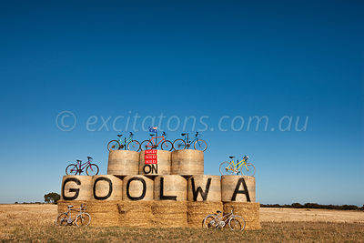 Entry welcome to Goolwa display for 2010 Tour Down Under, cycle race.
