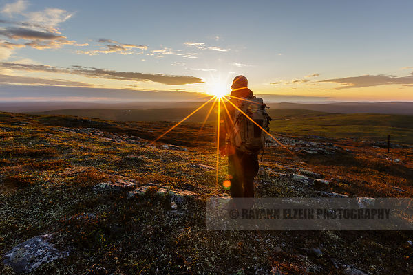 Hiking to the midnight sun