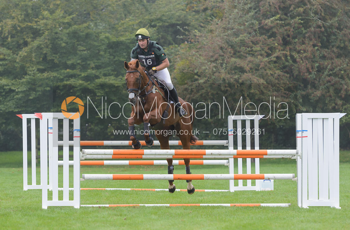 Michael Ryan and BALLYLYNCH ADVENTURE - cross country phase,  Land Rover Burghley Horse Trials, 6th September 2014.