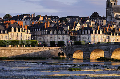 FRANCE, VALLEE DE LA LOIRE,  BLOIS, LA LOIRE // France, Loir Et Cher, The Loire Valley , Blois, The Loire River