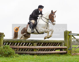 Martin Reason jumping a fence at Stone Lodge Farm