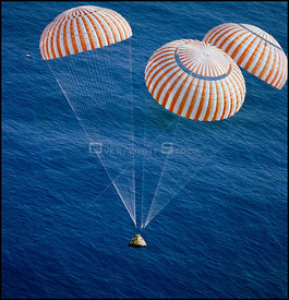 PACIFIC OCEAN -- 1:24:59 PM (CST) 19 Dec 1972 -- The Apollo 17 Command Module (CM), with astronauts Eugene A Cernan, Ronald E...