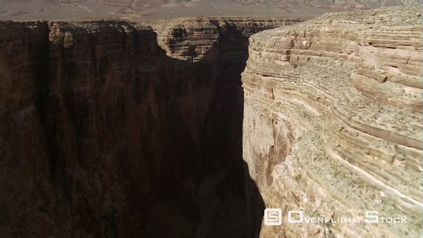 Flying through Arizona's Little Colorado River Gorge