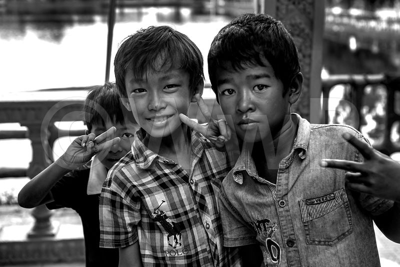 _W_P7928-Cambodian-Three-little-Boys