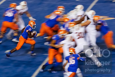 Boise State running back Jack Fields (21) runs the ball during the second half of an NCAA college football game against Idaho State in Boise, Idaho, on Friday, Sept. 18, 2015. Boise State won 52-0.