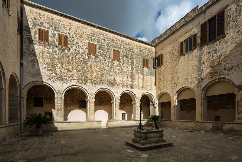 Cloisters at the Basilica de Santa Caterina d'Alessandra