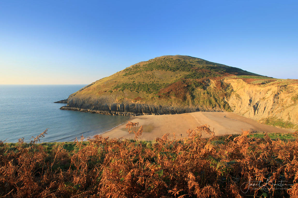 Mwnt beach, autumn