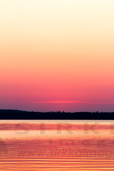 Sunset in Lintuselkä, Lake Kivijärvi