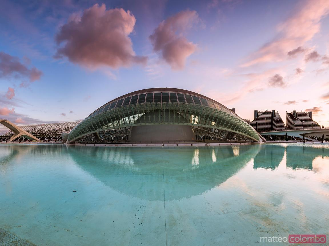 The Hemispheric at sunset, City of Arts and Sciences, Valence, Espagne