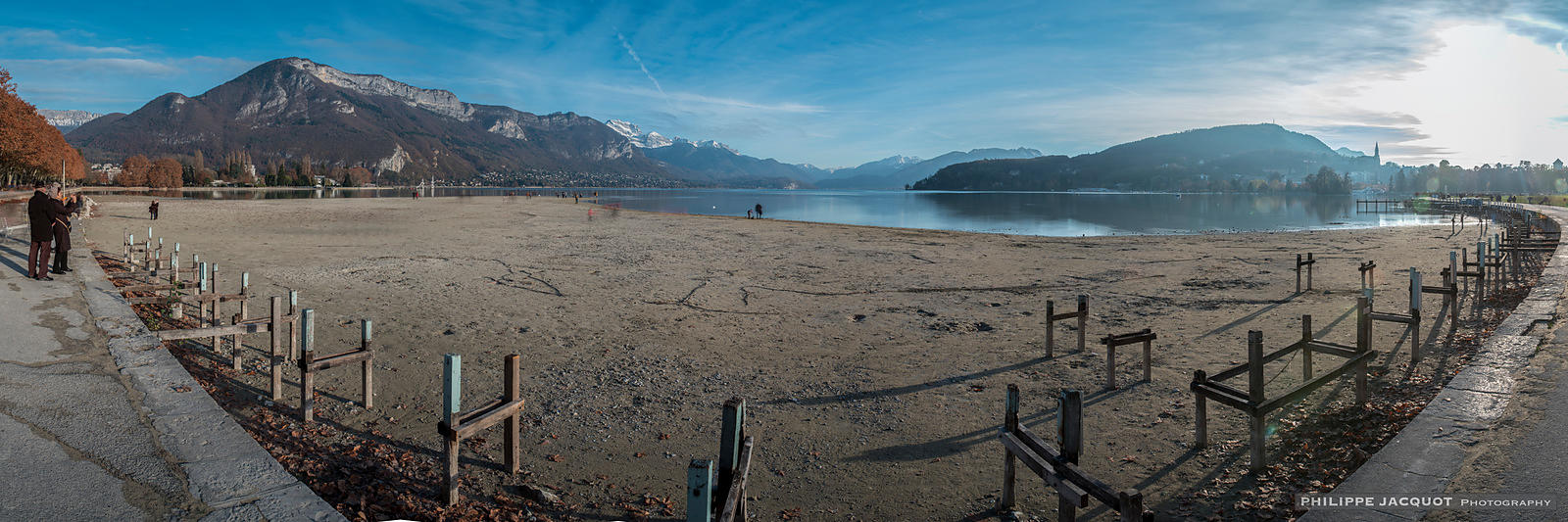The low water level of the lake on November 28, 2018 (2) - Annecy