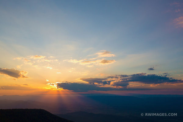SHENANDOAH NATIONAL PARK VIRGINIA SUNSET COLOR