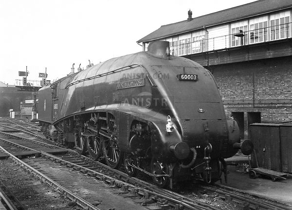 PHOTOS OF A4 CLASS 4-6-2 STEAM LOCOS