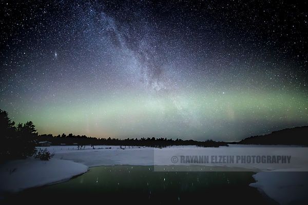 Faint aurora and milky way