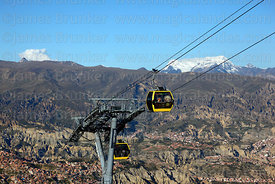 Yellow Line cable car gondolas, La Paz suburbs, Mt Mururata and rock formations of Valle de las Animas, Cordillera Real, Bolivia
