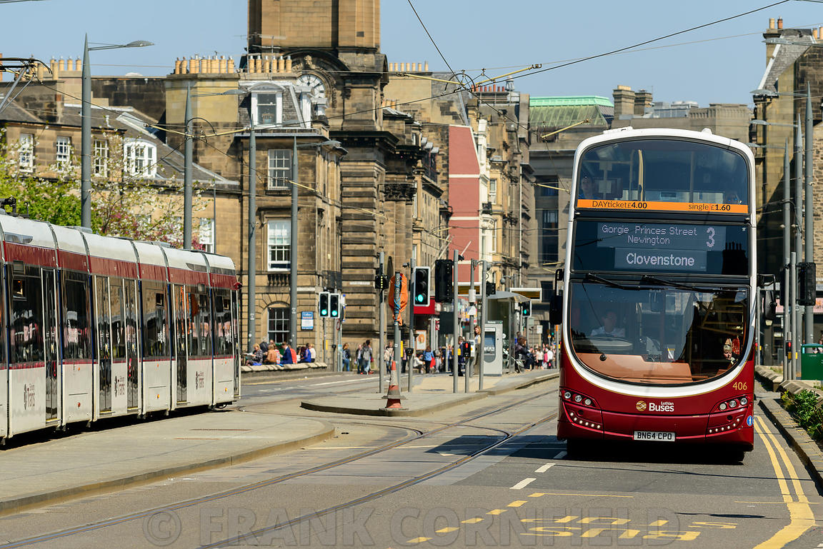 Tram and bus Edinburgh