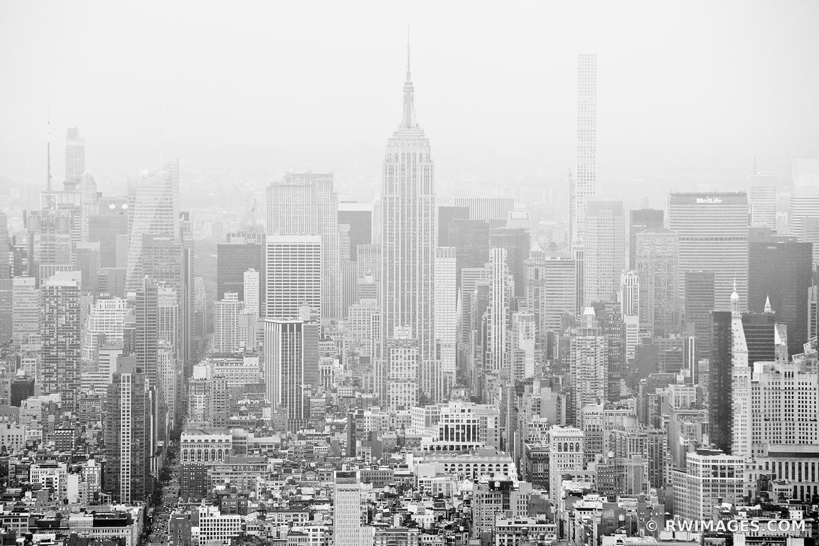FOG OVER MANHATTAN NEW YORK CITY NEW YORK BLACK AND WHITE