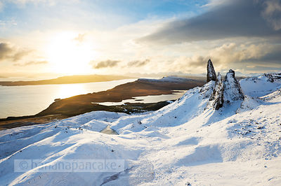 BP2309 - The Old Man of Storr at sunrise