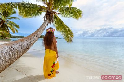 Tahitian woman in traditional dress, Moorea, French Polynesia