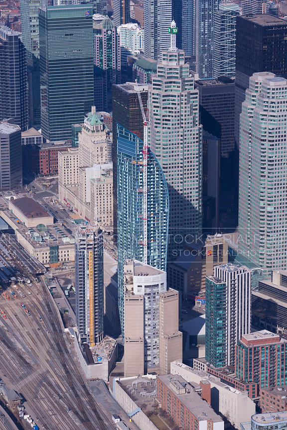 L Tower Condominium, Toronto