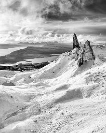 BP2304BW - The Old Man of Storr Black and White Print