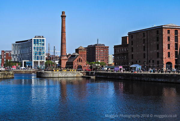 The Pump House at the Royal Albert Dock