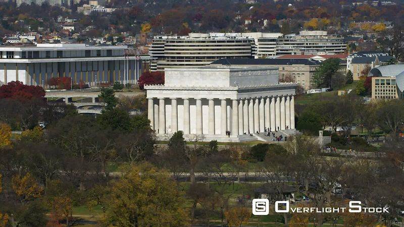 Close flight past the Lincoln Memorial, Washington DC.