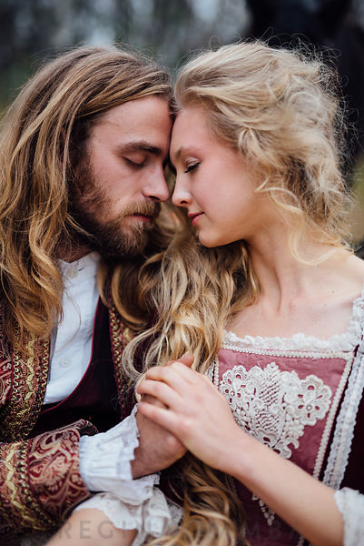 Fairytale: Historical Couple