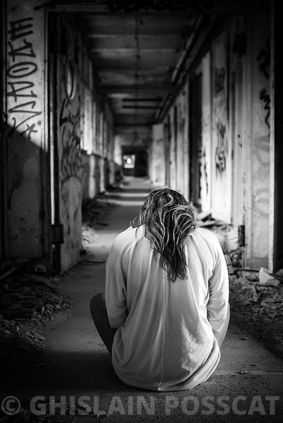 white dress in urbex