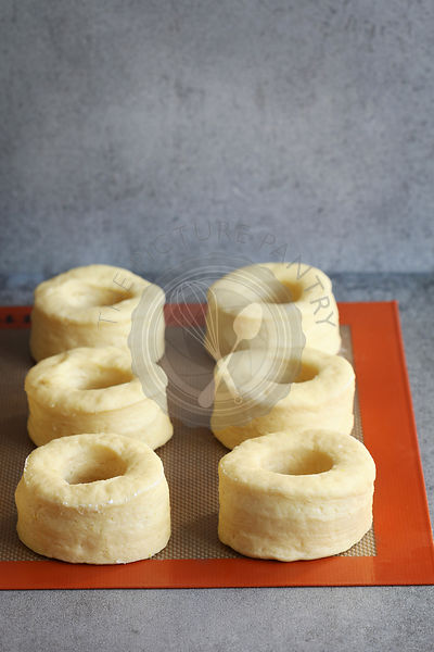 Proofing donut dough