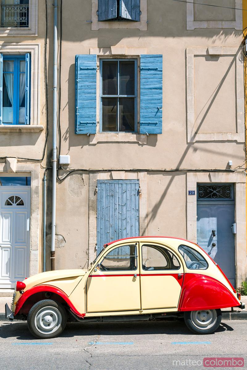 Vintage french 2 Cv car in the streets of St Remy de Provence, France