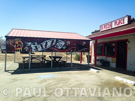 $5 Pizza Place | Paul Ottaviano Photography