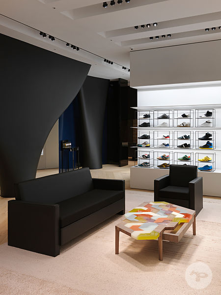 Retail architecture photographer - Dior Homme  Flagship store in Seoul South Korea. Photo ©Kristen Pelou