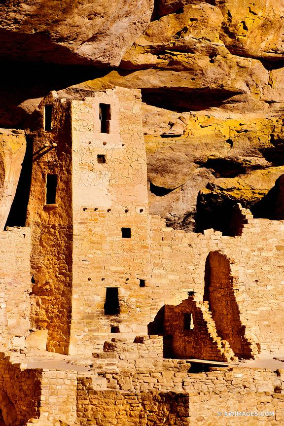 CLIFF PALACE RUINS MESA VERDE NATIONAL PARK COLORADO VERTICAL