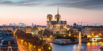 Paris city a panoramic nd Notre Dame cathedral