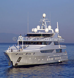 Motor Yacht Constellation 3