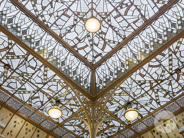 Retail architecture photographer - Le Bon Marche, Paris. Photo : Kristen Pelou
