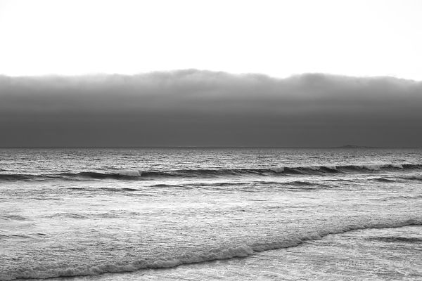 PACIFIC OCEAN AT DUSK CENTRAL CALIFORNIA COAST BLACK AND WHITE