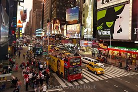 Etats-Unis, New-York, Manhattan, Times Square, 7th avenue