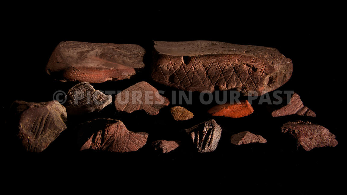 Blombos Gallery 4: 75 000 year old engraved ochre