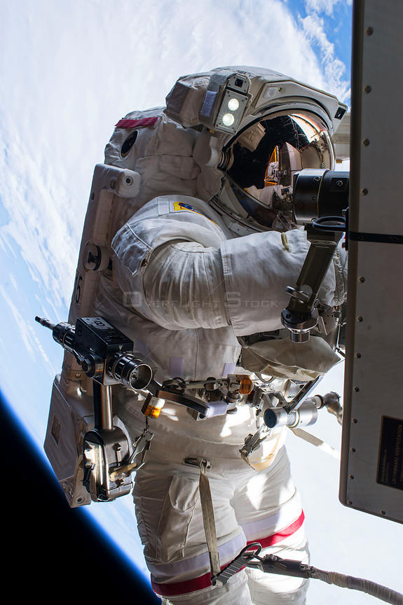 Tim Peake prepares for historic spacewalk