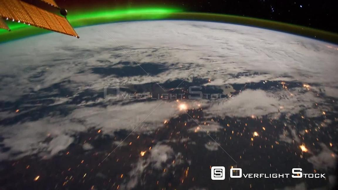 Time-Lapse from ISS over  USA Canada Exp29 Aurora Borealis 15 Oct 2011