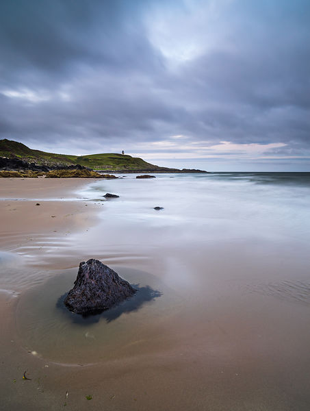 Dawn on Killantringan beach