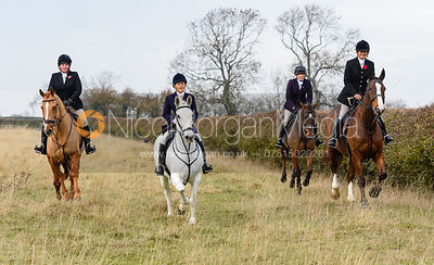 Jo Rutter, Bee Bell, Jodie Parr above Braunston. The Cottesmore Hunt at Braunston