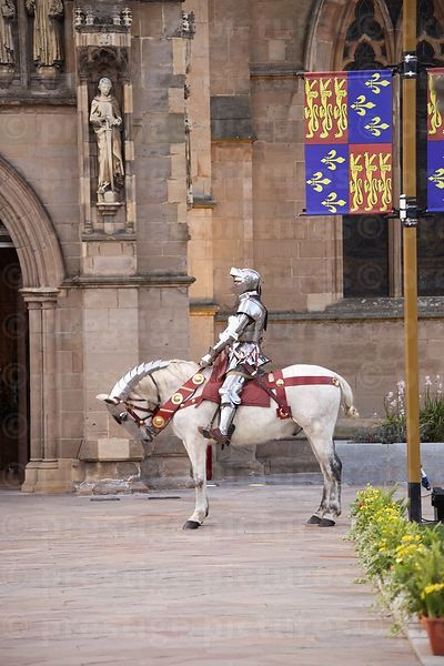 Mounted Knight Escort waits as Richard III's Coffin is Carried into Leicester Cathedral
